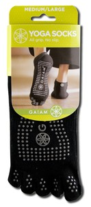 YOGA SOCKS.  ALL GRIP.  NO SLIP..